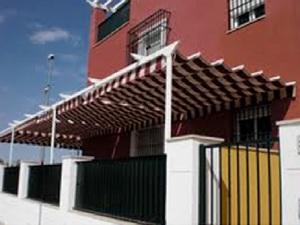 Corredero a pared Girona